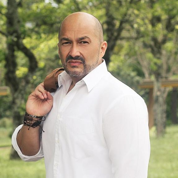 Foto de perfil de Carlos Mendez Z