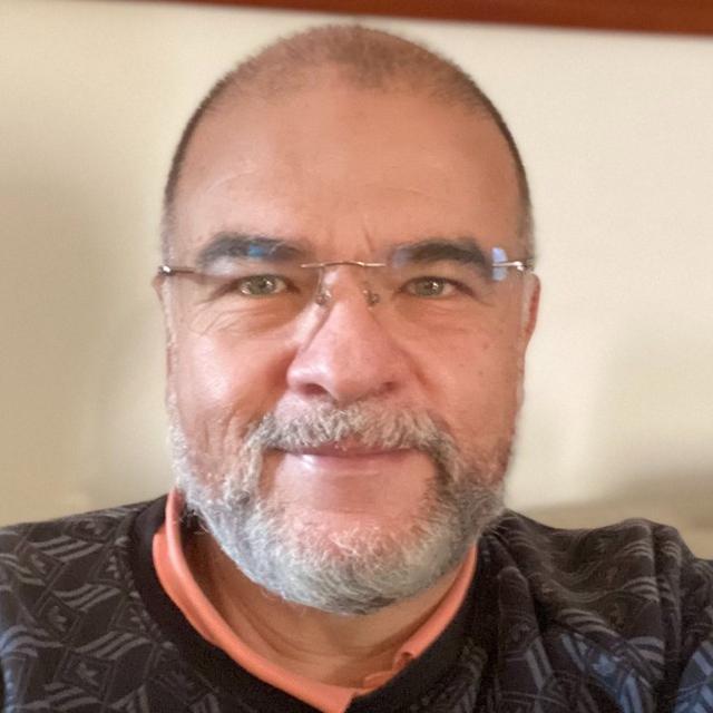 Foto de perfil de César Martínez Alvarez